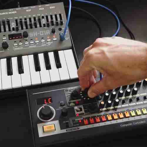 Roland Boutique TR-08 & SH-01A with Mathew Jonson